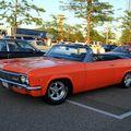 Chevrolet impala convertible de 1966 (Rencard du Burger King juin 2010) 01