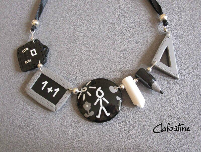 collier-école-noir blanc gris