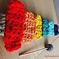 Faire un jouet aux couleurs acidulés au crochet …!