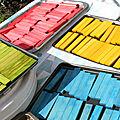 Teinture de <b>planchette</b> de bois brut (style kapla). Vive les couleurs!