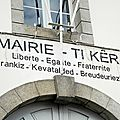 Devise de la république : liberté, égalité, fraternité déclinés en breton - mairie hennebont