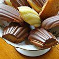 Madeleines en coque de chocolat au lait