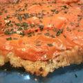 La saga des tomates 2: tarte tatin à la tomate, tapenade et fromage de chèvre frais