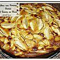 Gâteau aux pommes, ananas et raisins au rhum