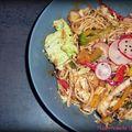 Salade de nouilles chinoises à la vinaigrette soja-cacahuète