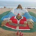 Insolite : gigantesque sculpture de sable à puri (inde)