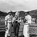 1954-02-17-korea-25th_division-base_ball-011-1