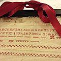 Broderies anciennes petits cadeaux pour la fête des mères
