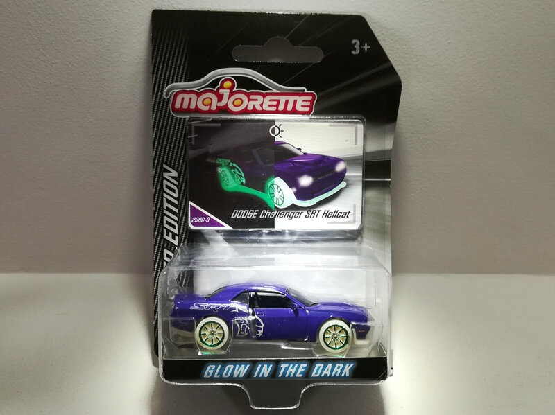 Dodge Challenger SRT Hellcat (Majorette)