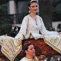 Location de robes orientales et caftan de mariage: negafa marocaine
