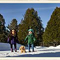 Fond d'écran : 2 copines au soleil d'hiver - wallpaper : 2 girlfriends in the winter sun