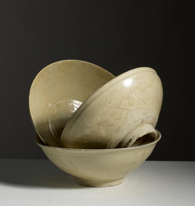 Lot composé de trois bols, Vietnam, Dynastie des Trần, 13°-14° siècle
