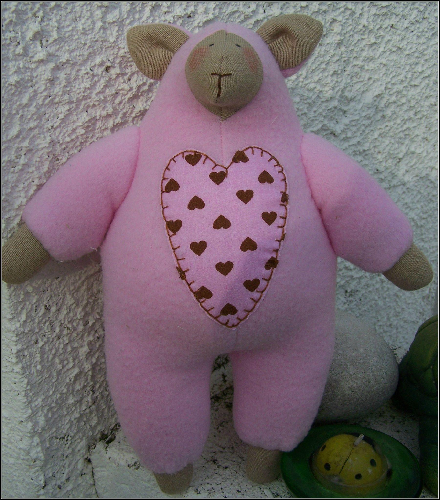 mouton coeur rose