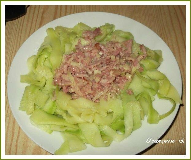 Brochette d 39 ananas et surimis qu 39 est ce qu 39 on mange la cuisine au quotidien - La cuisine au quotidien ...