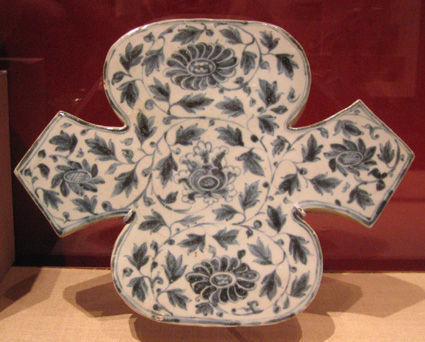 Tuile, Dynastie des Lê, XVe siècle.