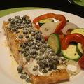 Saumon, sauce aux câpres et tian de légumes
