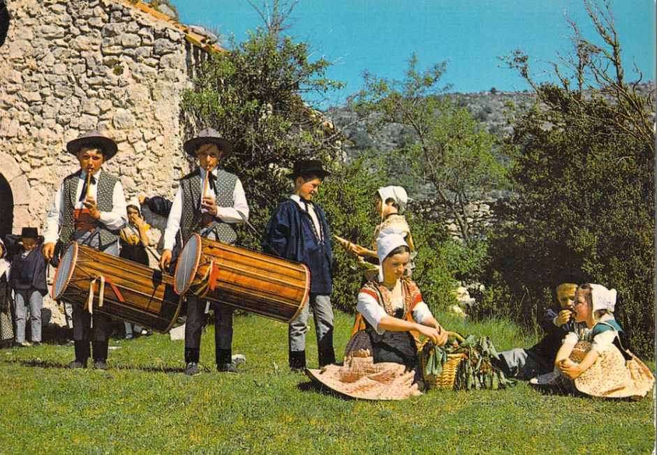 Scène comtadine-Fifres et tambourins
