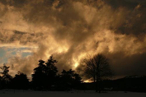 2008 12 30 Coucher de soleil et le Lizieux a droite