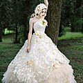 tiglily-2015-by-bridal-amore-japanese-romantic-strapless-colored-ball-gown-wedding-dress-styles-c126
