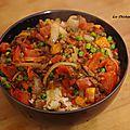 Recette chinoise: petits pois, tomate, échalote et viande hachée