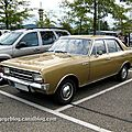 Opel rekord type C 1900 I automatic de 1970 (Rencard burger King aout 2011) 01