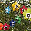 Porte clefs fleurs en simili <b>cuir</b>