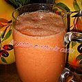 Smoothie ananas, carotte, jus d'orange