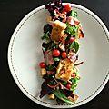 Salade de camembert pané, raisins et poitrine fumé