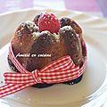 Moelleux chocolat blanc-framboise à la rose