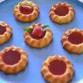 Financier citron et son coulis de framboise