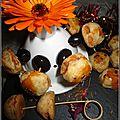 Mini boulettes fourrées à la purée d'olive, anchoïade et purée de tomate