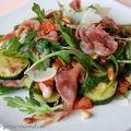 Salade de courgettes aigres-douces au jambon cru