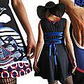 Robe maille Fantaisie de style Marin noir/ bleu électrique/ rouge et écru & patch Marinière Fantaisie : rayures/bouées/poissons/ oiseaux