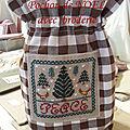 6 pochon carreaux marron broderie peace
