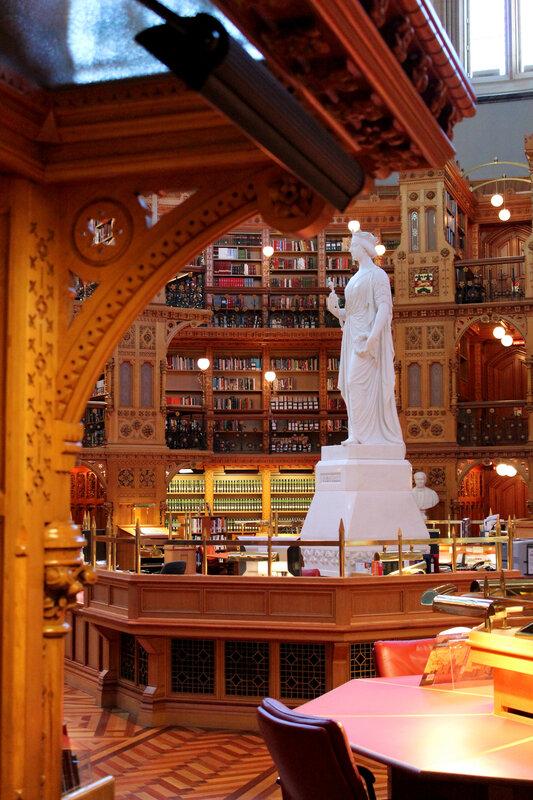 4_Bibliothèque du Parlement_Ottawa_salle de lecture