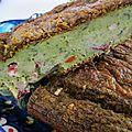 Cake au pesto d'ail des ours et petits légumes