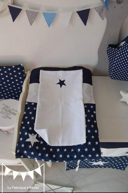 housse matelas à langer bleu marine blanc étoiles - décoration chambre bébé étoiles bleu marine blanc