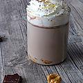 Chocolat chaud au <b>beurre</b> de <b>cacahuète</b>