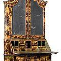 Exceptionnel scriban formant meuble de collectionneur galbé sur les trois côtés, venise, milieu du xviiie siècle