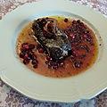 Pavés de kangourou marinés et sauce aux airelles et groseilles aux 2 poivres