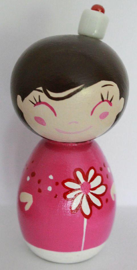 poupée rose fleur
