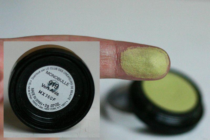 AGNES B - fard Monobulle n°919 Vert Anis
