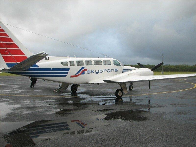 20070403_Plane Cooktown_011