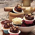 Cupcakes, biscuits de savoie aux zestes d'orange et sa ganache huile essentielles d'orange douce !