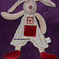 Doudou plat <b>lapin</b> Moulin roty Linvosges, beige bordeaux, 123 <b>lapins</b>, ENVOI POSSIBLE