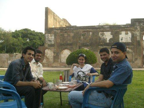 Pause dans le fort, Lahore
