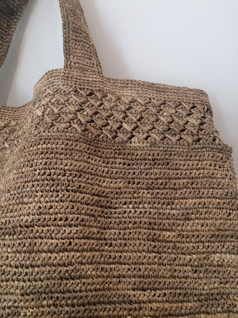 panier raphia Made in Mada accessoires de mode belles matieres équitable Boutique Avant Après Montpellier