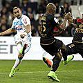 BUT <b>Payet</b> sur coup-franc Marseille v Guingamp (2-0)