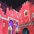 Les luminescences dans la cour du palais des papes