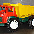 01054 CAMION BENNE <b>CARRIERE</b> MARQUE SITAP